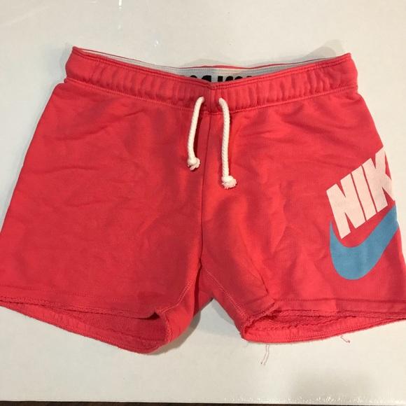Women s Nike Sweat Shorts Pink Sz XS. M 5afd38e5b7f72b4c78710a69 816f115a83